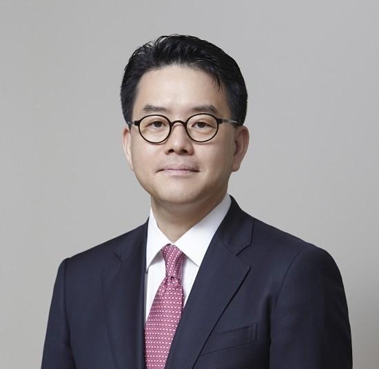 [CEO워치] 할인점 봄바람 타고 '훈풍'…강희석號 이마트 1분기 기대감↑