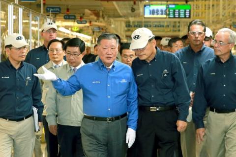 정몽구 현대차그룹 명예회장, 한국인 최초로 '자동차 명예의 전당' 헌액