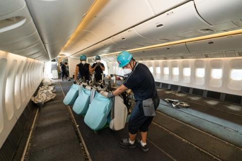대한항공, 1년 5개월여만에 화물전용 여객기 1만회 운항 달성
