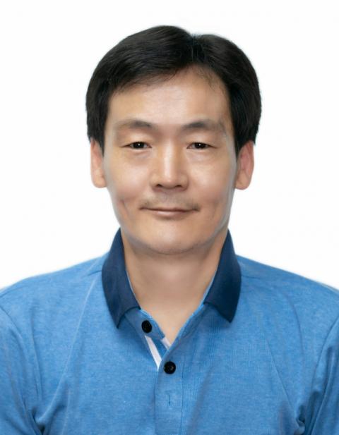 등굣길 어린이에 매일 빵 나눔한 김쌍식씨 등 5명 'LG 의인상'