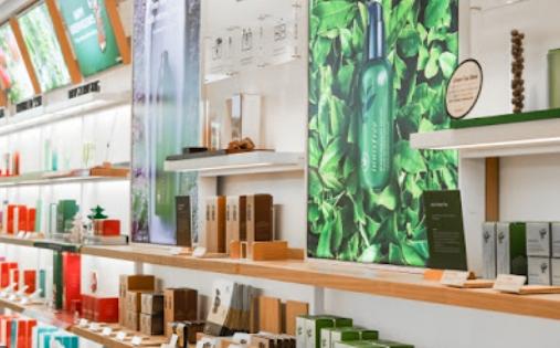 주요 화장품 프랜차이즈, 가맹점 감소세…업종별 폐점률 1위
