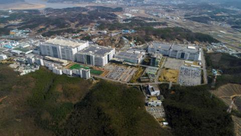 LG디스플레이 3분기 영업익 5289억원…전년比 221.8%↑